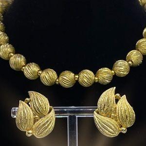 Vintage LISNER Beaded Necklace & Earrings